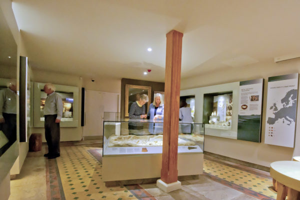 Prehistoric Wiltshire Gallery featuring Gold from the Time of Stonehenge showing th Bush Barrow reconstruction