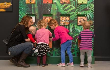 Children in the Blue Tokay SNAKES discovery zone